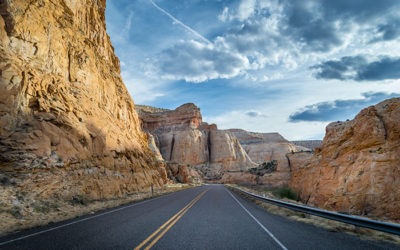 Drive into Capitol Reef NP